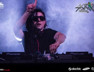 Skrillex Tour 06